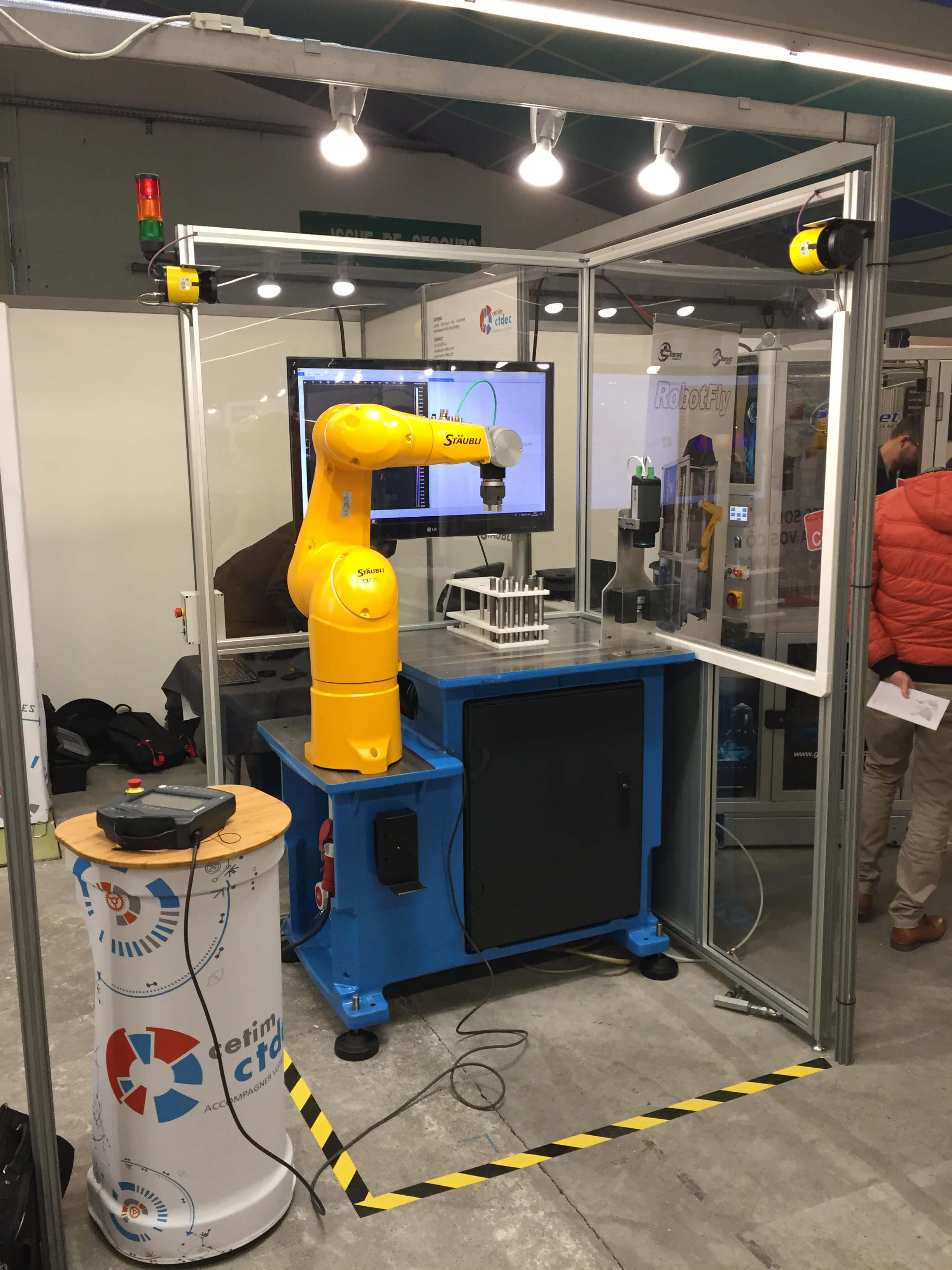 Détection automatique de fissure : Thermoconcept présent aux journées techniques Staübli