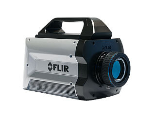 https://www.thermoconcept-sarl.com/wp-content/uploads/2018/03/camera-infrarouge-flir-x6900sc.jpg